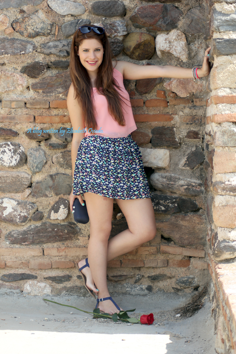 falda-Oasap-y-top-rosa-flúor---HEELSANDROSES-(8)