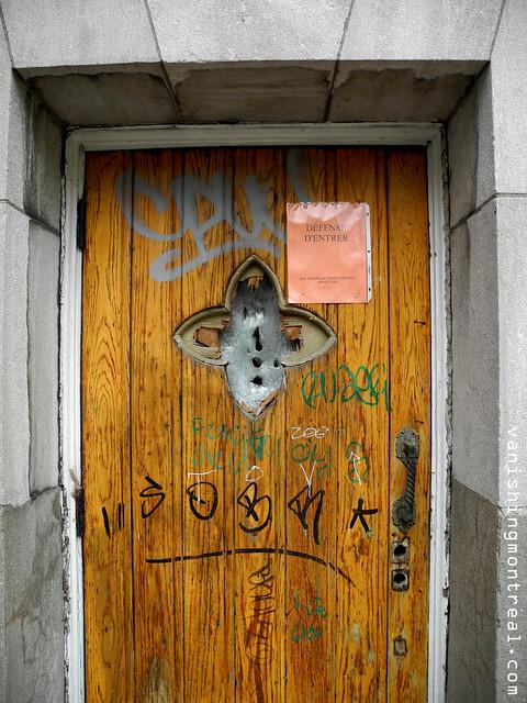 Eglise Notre-Dame-de-la-Paix demolition (Thursday/Jeudi) 09