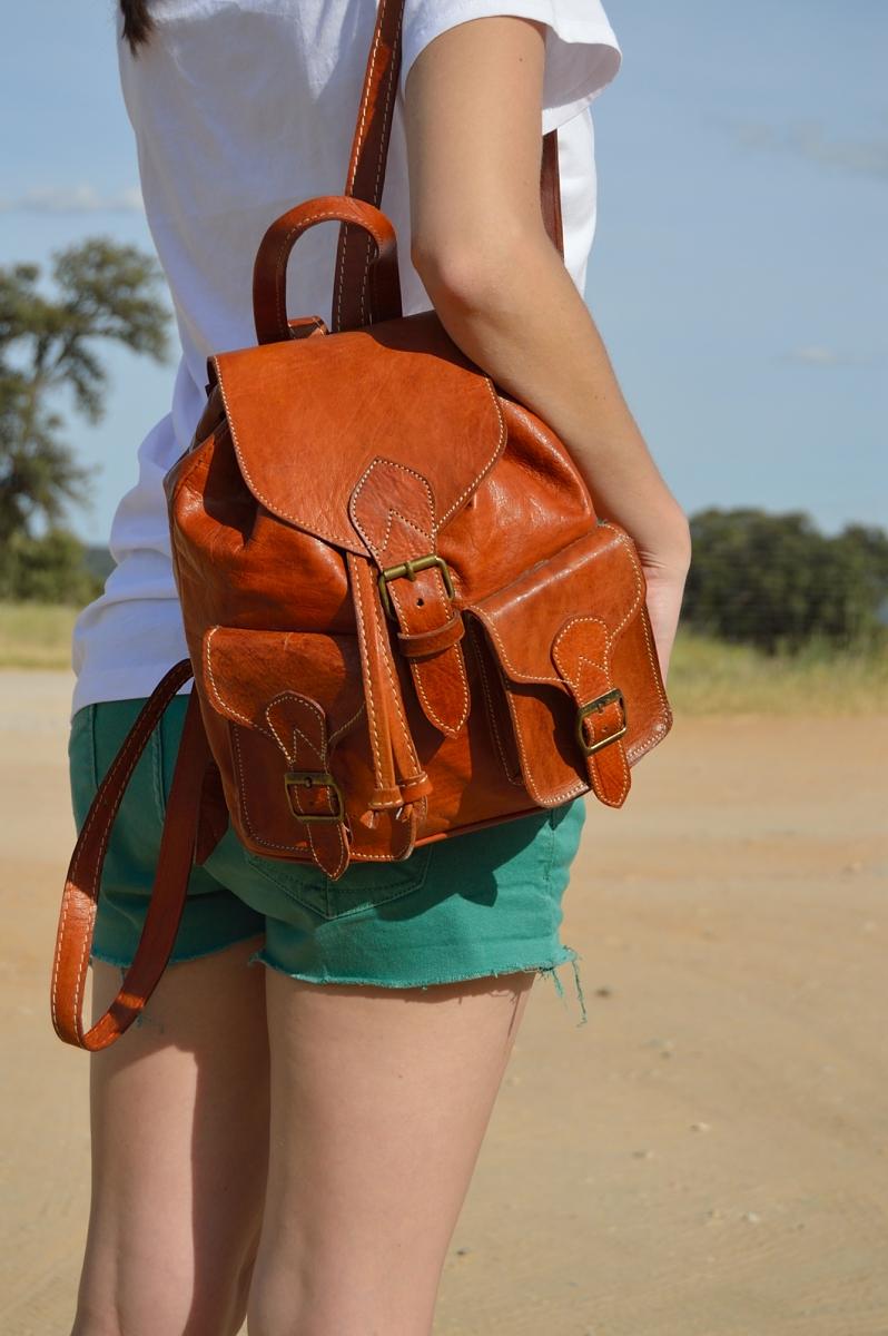 lara-vazquez-madlula-blog-handmade-backpack