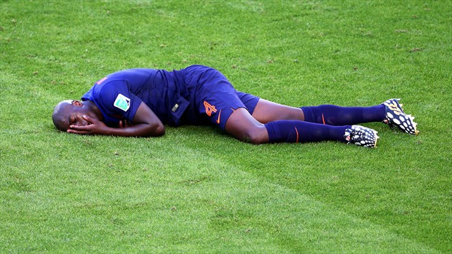 140618_AUS_v_NED_2_3_Bruno_Martins_Indi_injury_HD