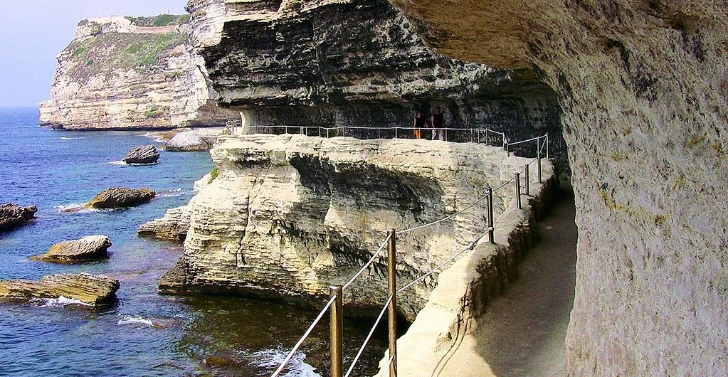 KORSIKA, Bonifacio, Unter den Kalkstein-Klippen , 11280/3633