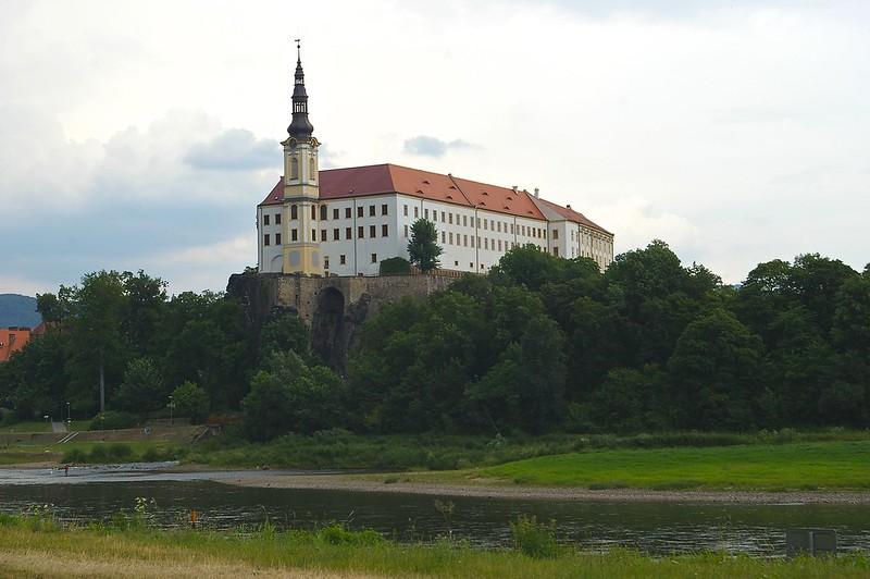 Замок в Дечині (Чехія)