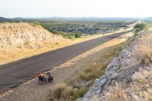 The road to Khorixas