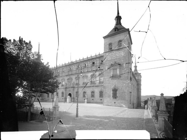Alcázar a comienzos del siglo XX. Fotografía de J. Lacoste © MECD, Fototeca del IPCE, signatura VN-25382_P