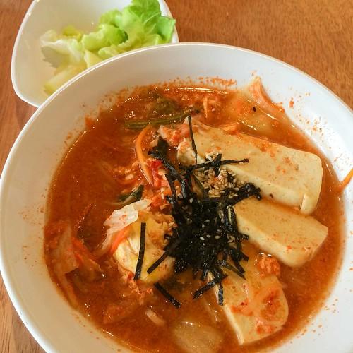 real_hut_kimchi_noodles
