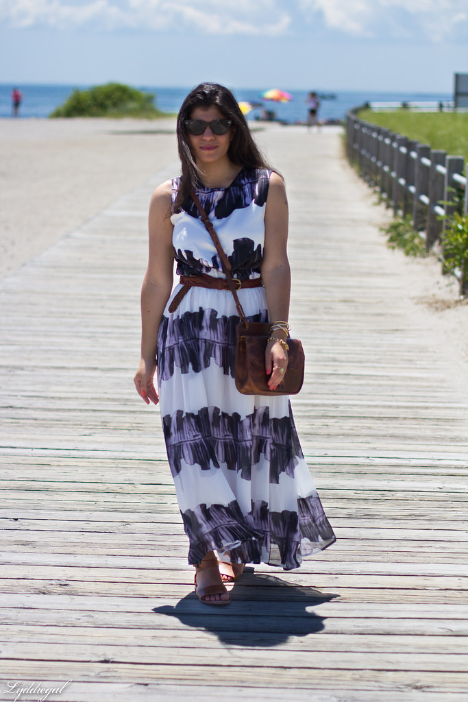 ink stain maxi dress, trask bag and sandals-2.jpg