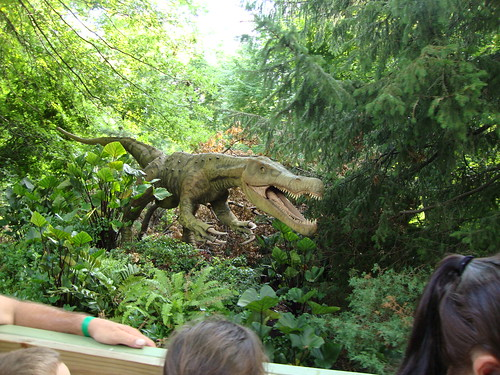 Bronx Zoo, Dinosuars Safari, NYC