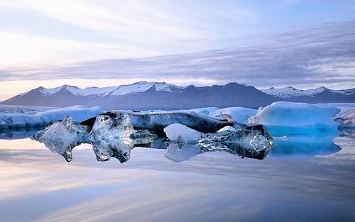 blue sunset green ice water evening iceland rocks colours jökulsárlón glaciallagoon