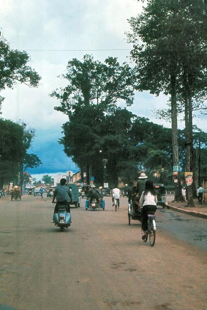 Saigon 1965 - ĐL Chi Lăng, tỉnh Gia Định - Photo by Ed Sutkas
