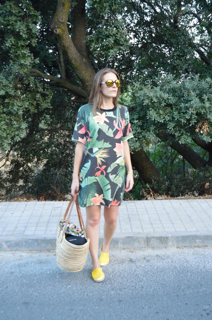 lara-vazquez-mad-lula-dress-summer