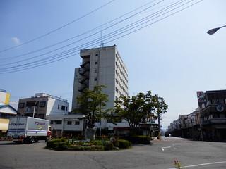 Nishi-Fujinomiya Station Area