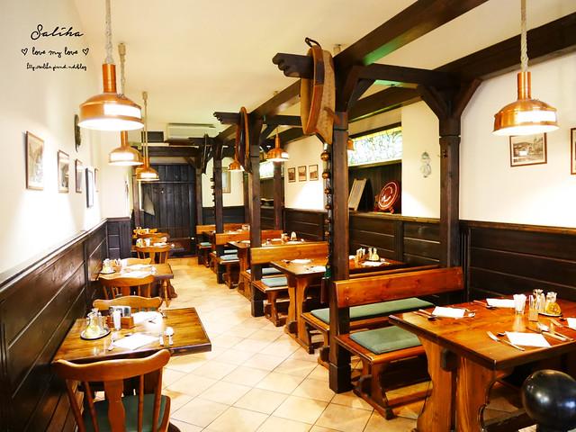 卡羅維瓦利餐廳推薦Restaurace U Svejka德國豬腳 (9)