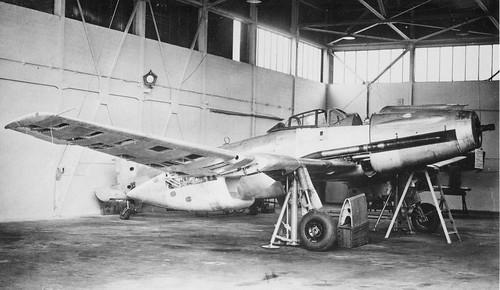 Experimental high-altitude Luftwaffe fighter-interceptor Blohm und Voss b. 155 V-2 in 1945