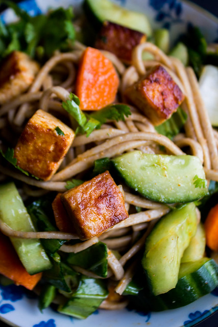 spicy soba noodles and crispy tofu