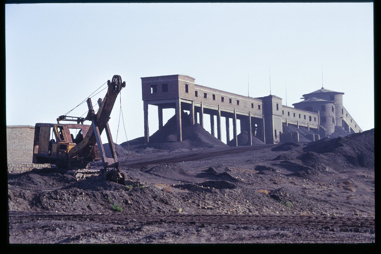 La Chine à vélo - de Pékin à Urumqi - Une mine de charbon