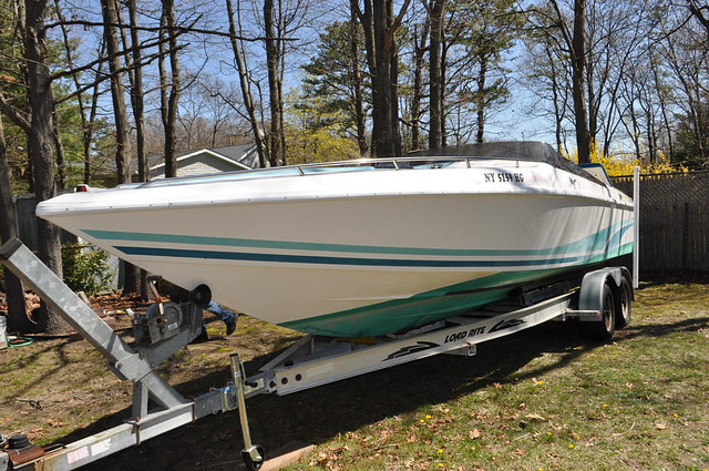 1990 Baja 280 sport The perfect performance boat with every option you could ask for. High Performance 525HP V8 .merc alpha drives.dual batteries can run at 72 mph with top up Stereo System cd player, speakers vhf radio bolster seats, auto meter gauges, Y