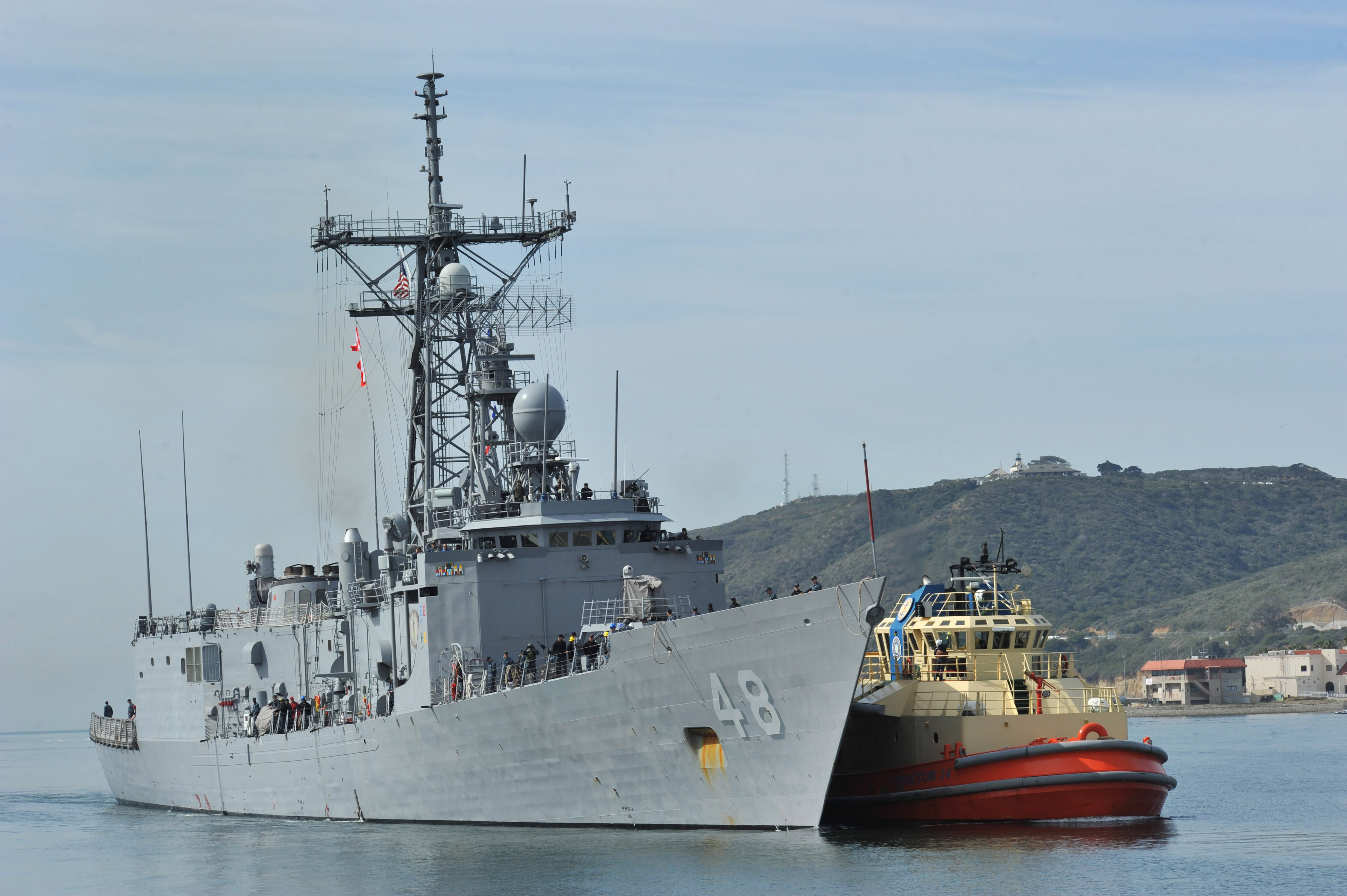 USS Vandegrift Departs San Diego for Deployment