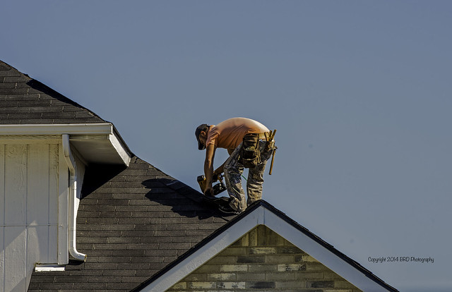 roofer working
