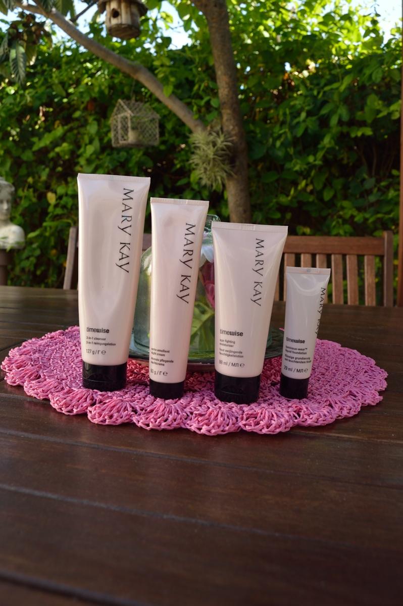 lara-vazquez-madlulablog-style-blog-mary-kay-beauty-tips-diary- essentials