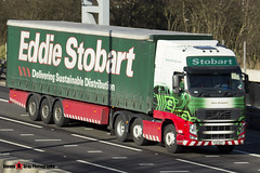 Volvo FH 6x2 Tractor with 3 Axle Curtainside Trailer - PX11 BXP - H4653 - Alice Elizabeth - Eddie Stobart - M1 J10 Luton - Steven Gray - IMG_5032
