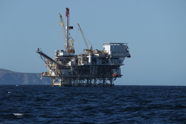 Photo:Oil Rig By:akasped