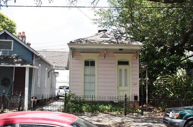 pink-shotgun-house-new-orleans