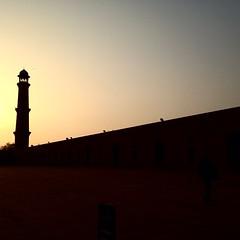 #silhouette of Minar of Badshahi Masjid, taken through #iPhone #Lahore #Pakistan #Punjab #qomraqtr #seemylahore #seemymosque #seemyculture #sunset #dusk #Minar #Masjid #badshahi