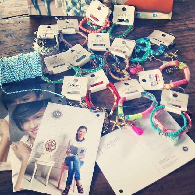 Ill be giving a pep talk to my most important audience. Little girls ages 7 to 13. My sponsor @gingersnapsph is giving the cutest accessories. I love my job. #shine #dream #daphneph #daphneop