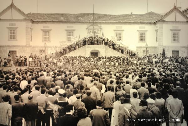 1 - 25 апреля 1974 года - революция гвоздик в Португалии - Каштелу Бранку