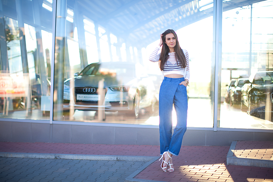 nika_huk_fashion_blogger_ukraine_cropped_top_wide_jeans_street_style_outfit_personal_style_2
