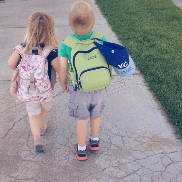 Bye bye, #idaho! #cousins #love #buddies #tateandbrooklyn #cute #family