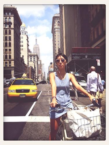 Street Fashion Commuting