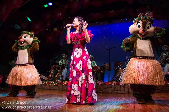 Mickey and Minnie's Polynesian Paradise