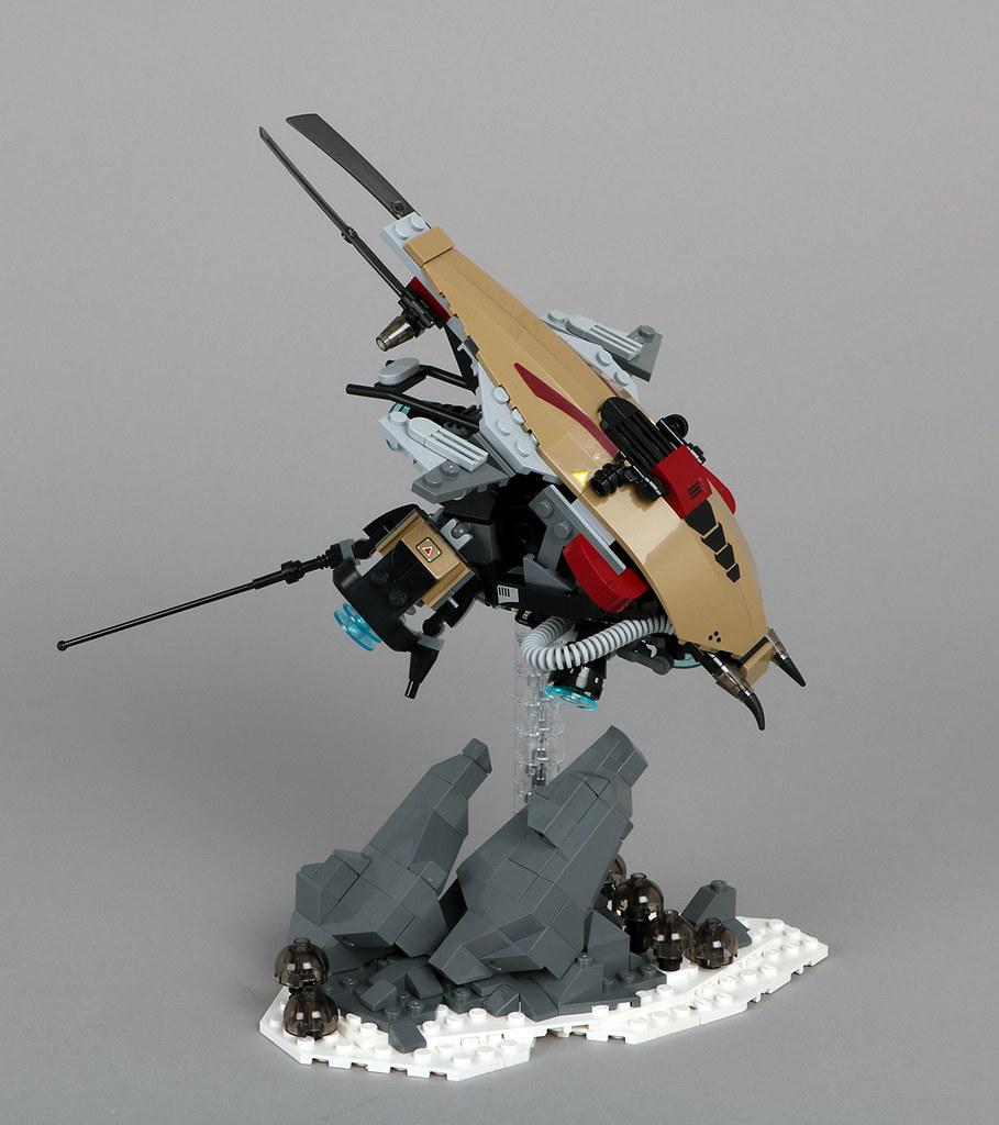 Malakos Scout Ship (custom built Lego model)