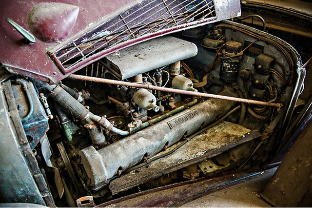 "Lagonda V12 ""Hooper"""
