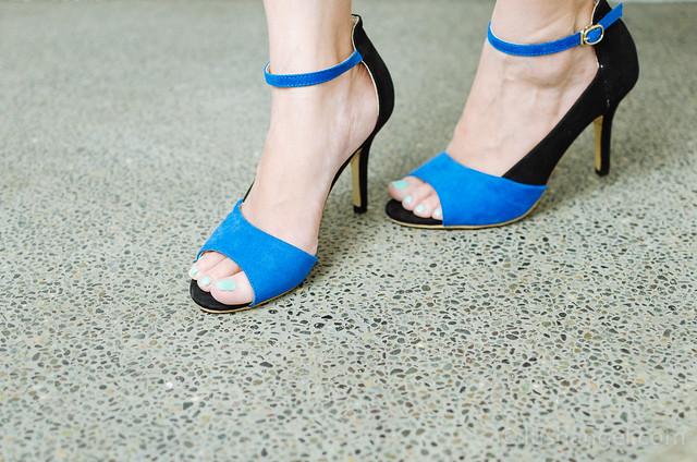 two-tone-high-heels-sandals