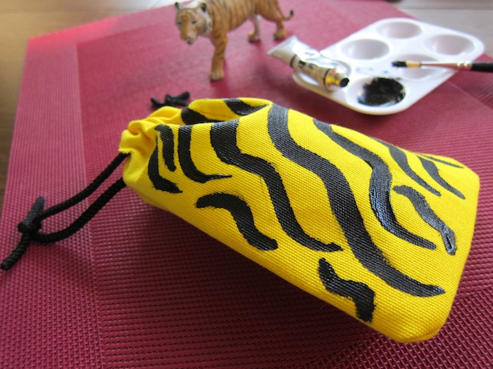 Memory Crafters: Sunglasses Pouch