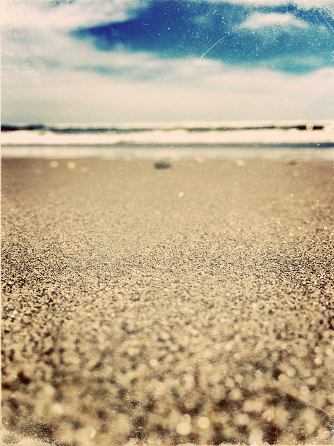 El horizonte siempre es la imagen de la esperanza, de la ilusión en un mañana, en lo incierto, en lo que nos espera más adelante. Aunque sea difuso, ahí estará para alentarnos a dar un paso más.