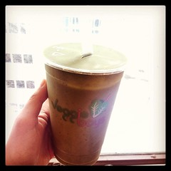 D cup - romaine lettuce, apple, pineapple, avocado