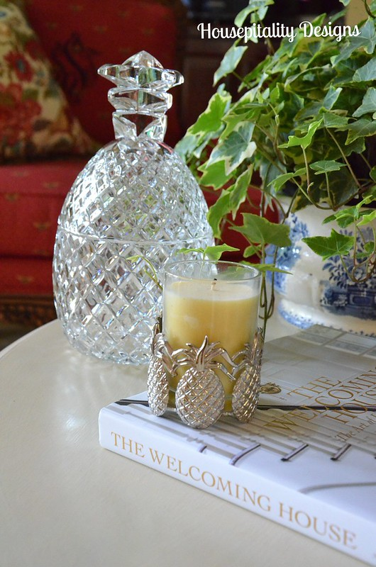 Great Room Table Vignette