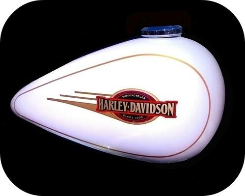 Harley Davidson .