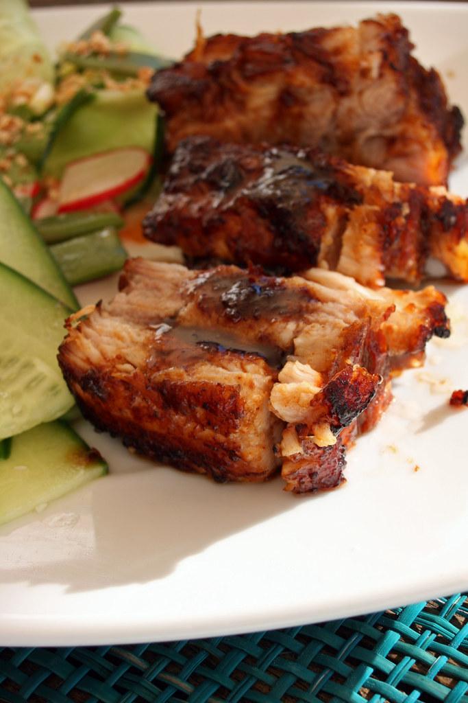 14236043253 8fe97dba31 b Poitrine de porc caramélisée et salade vietnamienne aux cacahuètes