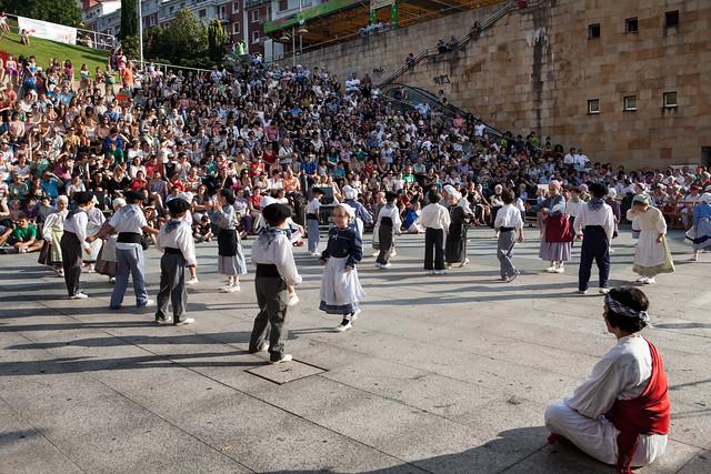 2014-06-13_dantzari-eguna_Eibar_0735_IZ
