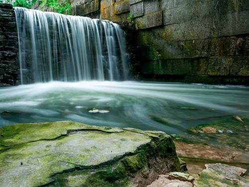 ohio nature water rock landscape waterfalls maumee sidecutmetropark toledometroparks