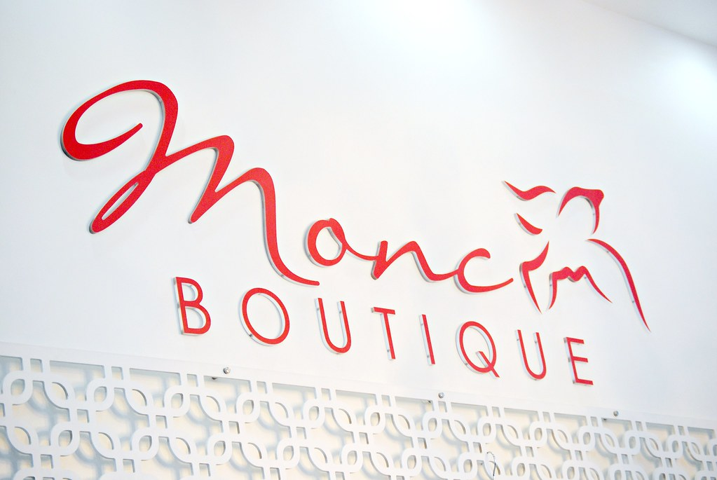 MONC Boutique logo