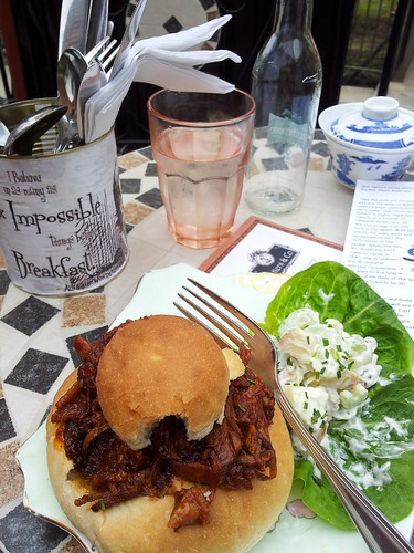 Pulled pork wonder at the Hatters, Ceres folk museum. Totes Noms!