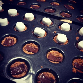 Almost done and the sweat is dripping off me. #bakingIsNotASummerSport #smores #treats #smorescups #homemade #summer #baking