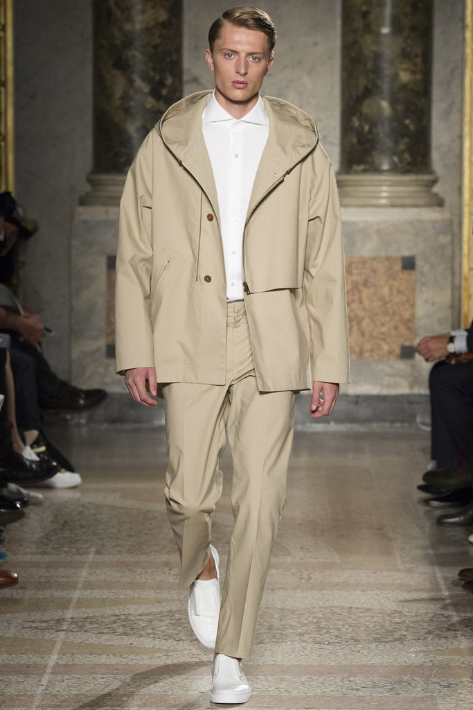 SS15 Milan Ports002_Max Rendell(VOGUE)