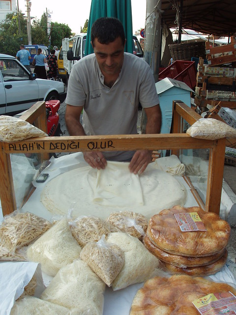 200909200242-Turkish-bread-maker