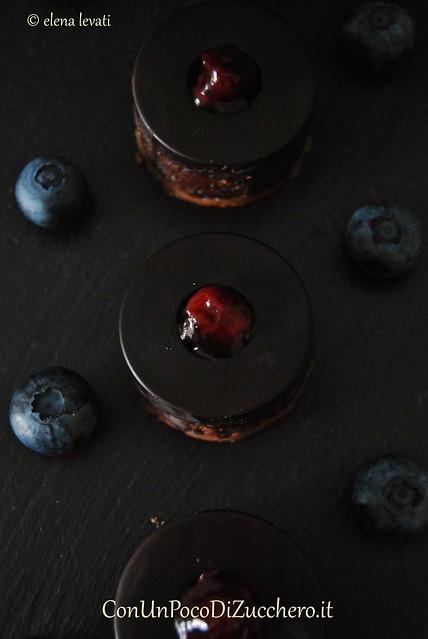 Dolcetti doppio cioccolato, mirtilli e cranberry